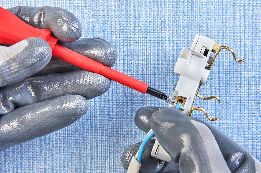 8 Signs It Is Time to Replace Your Electrical Outlets
